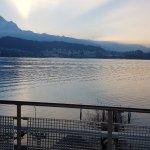 Photo de Seehotel Hermitage Luzern
