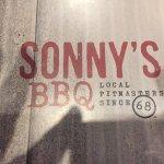 Sonny's BBQ resmi