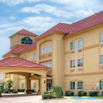 Photo of La Quinta Inn & Suites Cleburne