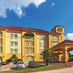 Photo of La Quinta Inn & Suites Columbus