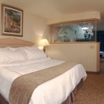 Photo of Shilo Inn Suites Hotel - Portland Airport