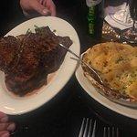 Foto de Morton's The Steakhouse - Toronto
