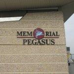 Pegasus Memorial (Memorial Pegasus) ภาพถ่าย