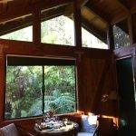 Foto de Volcano Village Lodge