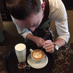 Latte artist Ardy in action!