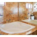 Large Balcony Studio Bathroom / Shower