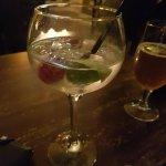 Foto de Mimosa Wine & Tapas Bar