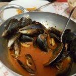 Pentolaccia di cozze Pesce pazzo Domodossola -la fine del mondo!