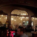 Churchill's Pub resmi