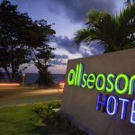 All Seasons Naiharn Phuket Foto