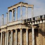 En el anfiteatro romano se representaban luchas de gladiadores, pero también contra fieras y otr