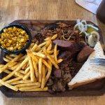 Photo de Pappy's BBQ Antigua
