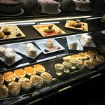 Interior 7 - desserts