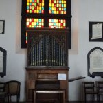 Organ and its manual