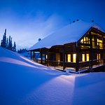 Luxury backcountry Lodge in Golden British Columbia