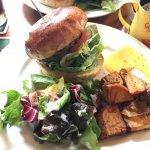 Foto de The Corner hamburger & Saloon