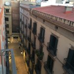 Photo de NH Barcelona Centro