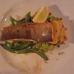 Photo de The Outsider Restaurant