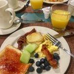 Deliciously Hot Breakfast