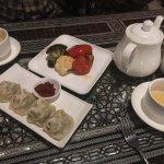 manti, veggies and tea