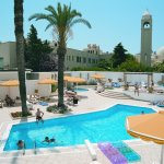 Photo de Mitsis Petit Palais Beach Hotel