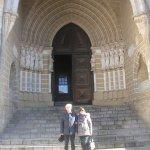 portale ingresso Cè (cattedrale)