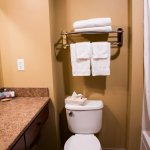 All of our rooms feature private bathrooms and a bath-shower or a walk-in shower.