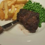 supposed to be 6oz steak, chips and peas