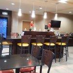 Photo de Best Western Plus Denton Inn & Suites