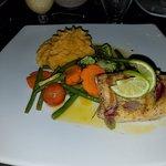 Foto de Falls Garden Restaurant
