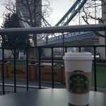 Foto de Starbucks tower hill