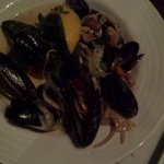 Mussels! With the super tasty sauce!
