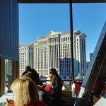 Foto de Eiffel Tower Restaurant at Paris Las Vegas