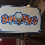 Outside signage for Smitty's in Elon