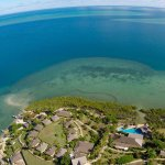 The resort over looks the Bligh Waters and surrounding reef