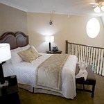 Photo of Monte Carlo Inn & Suites Downtown Markham