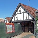 entrance into Tam O'Shanter restaurant