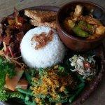 Foto di Hani's Restaurant & Bakery