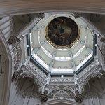 Liebfrauenkathedrale (Onze-Lieve-Vrouwekathedraal) Foto