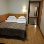 Smaller bedroom of Junior Suite #864