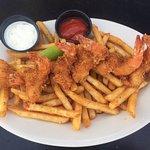 Fried Shrimp with seasoned fries