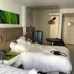 Royal Palm South Beach Miami, A Tribute Portfolio Resort Photo
