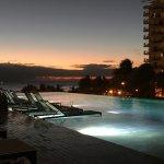 Photo de Alohilani Resort Waikiki Beach