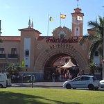 Fachada Mercado Municipal Ntra. Sra. de Africa
