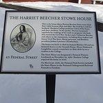 HARRIET BEECHER STOWE HOUSE - INFO BOARD NEAR ENTRANCE