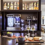 Grands vins Mercure et planches à partager dans notre Cuisine Lounge
