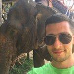 do u see the metal weapon used to tame the elephants?!!