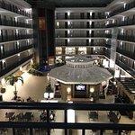 Foto de Embassy Suites By Hilton Orlando Lake Buena Vista Resort