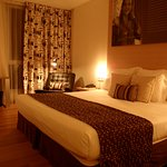 Hotel room - Emma Thompson