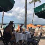 Photo de Talk of the Town Hotel & Beach Club